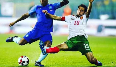 Попето открехна вратата за националния отбор и похвали Тодор Неделев